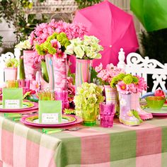 Welcome spring with a splash of bright colors and clever ideas. Champagne Wedding Cakes, Sandra Lee Recipes, Bridal Shower, Baby Shower, Easter Table Settings, Table Scapes, Center Pieces, Place Settings, Vignettes