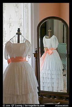 Dress and miror inside Rosalie. Natchez, Mississippi, USA (color)