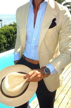 Poolside suit and hat