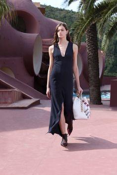 Christian Dior Resort 2016 Fashion Show