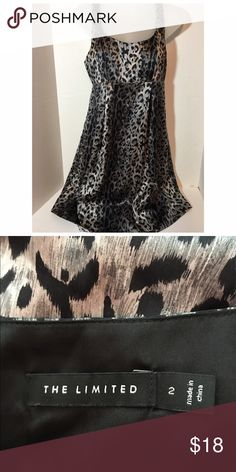 The Limited dress Black/grey/silver print. Lined. Excellent condition. Like new The Limited Dresses