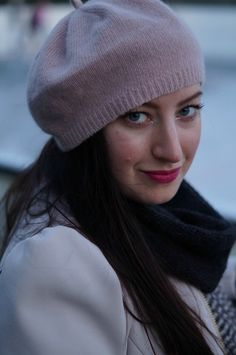 Love this cozy, rosé-colored hat for colder days in Vienna Cold Day, Ice Skating, Vienna, My Outfit, Skate, Cozy, Outfits, Shopping, Fashion