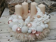 Filling Your Home with Favorite Christmas Scents- Pink Candles, Centerpiece Christmas, Christmas Advent Wreath, Christmas Scents, Christmas Candles, Christmas Colors, Diy Christmas Gifts, Christmas Lights, Christmas Holidays, Pre Christmas