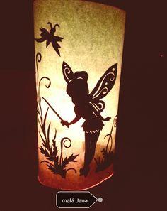 Lampička, papírové vystříhování podle šablony. Hotové se stočí okolo zavařovací sklenice.
