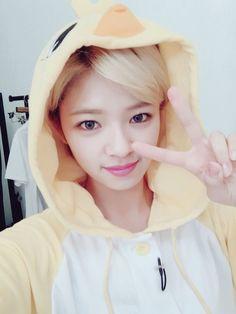 Are One Idols// Twice- Jeongyeon Suwon, Kpop Girl Groups, Korean Girl Groups, Kpop Girls, Twice Jungyeon, Twice Kpop, Nayeon, Snsd, Twice Korean