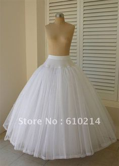 petticoat lingerie on sale at reasonable prices, buy Elegant Brand New Tulle Ball Gowns Wedding Petticoats Bridal Crinoline Slips Wedding Party Underskirt Without Hoops from mobile site on Aliexpress Now! Tulle Balls, Tulle Ball Gown, Ball Gowns, Wedding Gown Ballgown, Bridal Dresses, Girls Dresses, Elegant Wedding Gowns, Creation Couture, Dress Patterns