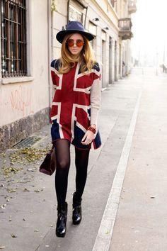 Union Jack dress. I kinda need this...