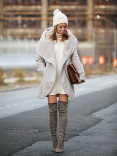 Brooklyn Blonde wears thigh-high boots the right way