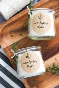 Eukalyptus und Thymian Soja Kerzen selber machen l DIY Eucalyptus & Thyme Soy Candle with printable label is a simple candle recipe made with essential oils and a wonderful gift idea! Diy Candle Labels, Candle Packaging, Candle Branding, Homemade Soy Candles, Scented Candles, Diy Candles Soy, Yankee Candles, Beeswax Candles, Unicorn Diy