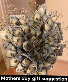 Cute Gifts, Diy Gifts, Money Bouquet, Creative Money Gifts, Money On My Mind, Birthday Goals, Money Pictures, Money Stacks, Birthday Gifts For Teens