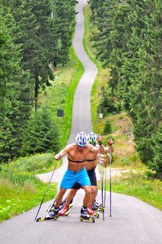 US Men's National Team in Oberhof, Germany---Yummy Fitness Workouts, Alex Harvey, Xc Ski, Nordic Skiing, Ski Jumping, Apres Ski, Sports Training, Cross Country Skiing, Winter Beauty