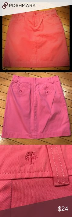 "🌴Lilly Pulitzer skirt Super cute classic pink Lilly Pulitzer skirt with front  and rear pockets. Size 2, 17 1/2"" long. Lilly Pulitzer Skirts Midi"