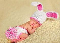 Baby Häkelkostüm Strick Kostüm Fotoshooting Baby Fotos Ostern Bunny Hase Weiß-Pink: Amazon.de: Spielzeug