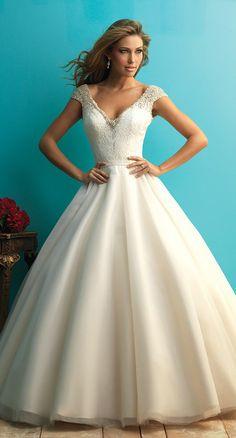Impresionantes Vestidos de Novia por Allure Bridals - Otoño 2015