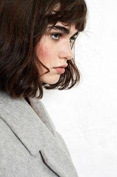 10-Le-Fashion-Blog-FDD27-Beauties-With-Bold-Brows-Eyebrow-Inspiration-Model-Misha-Hart-Via-Nou-MagazineMISHA HART