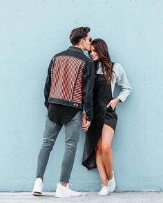 Things Girls Like to Hear from Men to Feel Special - Couple goals - Couple Couple Photoshoot Poses, Couple Photography Poses, Couple Shoot, Dslr Photography, Photography Courses, Photography Business, Creative Couples Photography, Photography Ideas, Fashion Photography