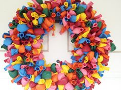 birthday balloon wreath DIY