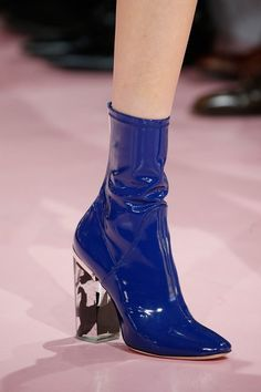Christian Dior Fall 2015 Ready-to-Wear Accessories Photos - Vogue
