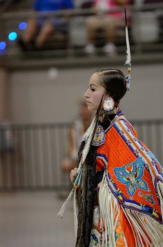 Ladies Traditional Dance by jwkeith, via Flickr