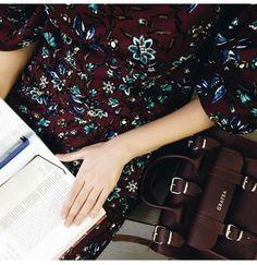 Burgundy www.grafea.com #moda #derisırtçanta #blog #tarz #seyahat