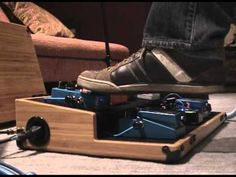 This brief video demonstrates on of the many great features of the Boicebox T-21HT Pedal Board.