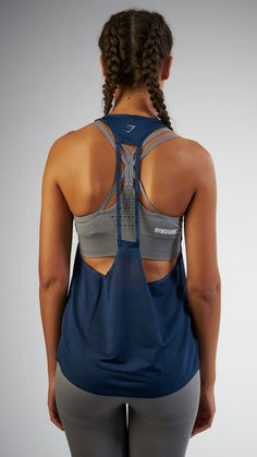 Fashion meets function with the Women's Tech Vest. Lightweight and durable, the Women's Tech Vest is perfectly ventilated for your comfort.