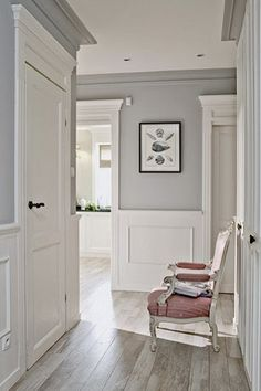 Baseboards Styles : Selecting the Perfect Trim for Your Home !  Tags : baseboard contemporary style, baseboard craftsman style, baseboard molding style, baseboard moulding styles, baseboard shaker style, baseboard trim style, baseboard-style drains Foyer Decorating, Decorating Ideas, Grey Kitchens, Wall Colors, Hallway Colours, Paint Doors, Paint Walls, Paint For Kitchen Walls, Kitchen Paint Colors