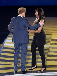 Pin for Later: Michelle Obama's Sleeveless Spring Suit Is Not Without the Fashion-Girl Fixings
