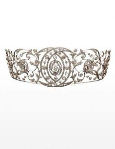Chaumet diamond tiara c. I just may need a tiara. Royal Crowns, Royal Tiaras, Tiaras And Crowns, Royal Jewelry, Fine Jewelry, Antique Jewelry, Vintage Jewelry, Diamond Tiara, Chaumet