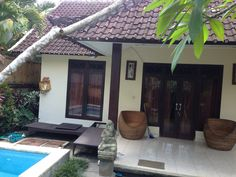 Rent house 2bad room w/private poll cheep price in UBUD BALI. Do you want? Call me,