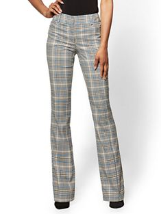 Blue Plaid Bootcut Pant - Modern Fit - Avenue - New York & Company Grey Dress Pants, Pinterest Fashion, Business Casual Outfits, Dark Fashion, Retro Outfits, Work Attire, Blue Plaid, Everyday Fashion, Clothes For Women