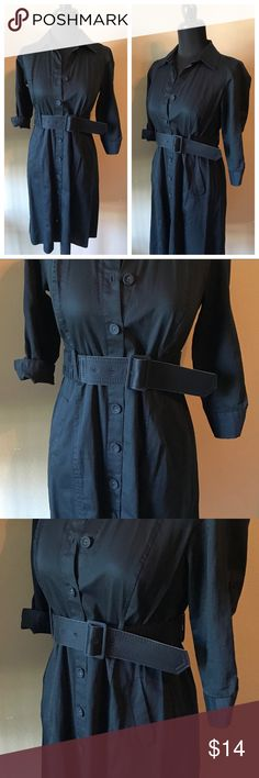 Ann Taylor Black Button Front Dress Sz 2P Petite Cute dress in good condition. Ann Taylor Dresses Midi