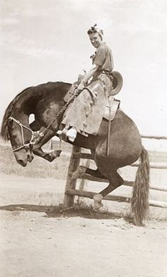 The Best Cowgirl Boots For Women Trish won First place at th. The Best Cowgirl Boots For Women Trish won First place at the Rodeo. Cowboy Horse, Cowboy And Cowgirl, Cowboy Art, Horse Girl, Vintage Cowgirl, Vintage Horse, Old Pictures, Old Photos, Vintage Photographs