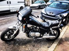 Out on my baby. Its a 1985 Honda Magna V45 700c. Its almost 35 years old and has only done 14k Miles - 400 miles a year. The model first came out when I was 10 years old. I remember the adverts. It was a turning point in the evolution of bikes and the inline 4 cylinder. Great Japanese technology. This thing is 6 speed 80hp and will do 0-60 in around 3.5 seconds. Itll also happily cruise around town. #hondamagna #hondamagnav45