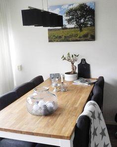 Onze canvas is binnen, love it!  Ook leuk om zo je eigen gemaakte foto's op te hangen  #interior #canvas #photograpy #loveit #bonsai #dinnertable #accesoires #action #webprint #interieur #interior4all