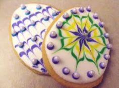 No cookie cutter? No problem - Flourish - King Arthur Flour Iced Cookies, Cute Cookies, Easter Cookies, Holiday Cookies, Cupcake Cookies, Sugar Cookies, Cupcakes, Royal Icing Sugar, Royal Icing Cookies