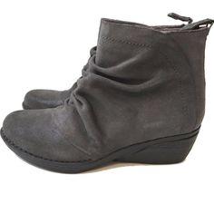 d26b71c3e Dansko Arisa Shimmer Grey Suede Boots Size 37 Shoes 6.5 - 7 Women s Ankle   Dansko