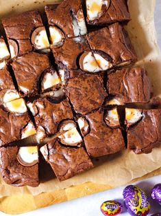 So quick and easy to make, these chocolate brownies are the perfect Easter baking treat. Inspired by Nigella's classic brownie recipe, this is your go to chocolate traybake cake. Tray Bake Recipes, Brownie Recipes, Baking Recipes, Dessert Recipes, No Egg Desserts, Brownie Ideas, Easter Desserts, Chocolate Chip Cookies, Chocolate Brownies