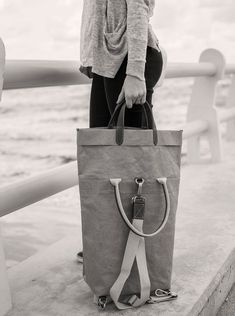 Ein cooles Accessoire, das sehr unverwechselbar daherkommt. Die Größe ist super für unterwegs, am Strand oder auch gut zum Einkaufen. #PiaBag #Uashmama