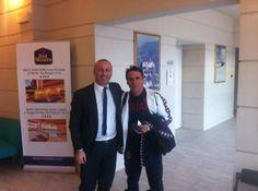 Dario,il ns commerciale,non si lascia sfuggire l'idolo deii tifosi gialloblù mister #Zola #CoppaItalia #Cagliari  www.farnesehotel.it