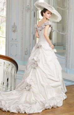 Fairy tale wedding dresses and bridal gowns / Caryn Franklin's How to Look Good