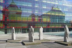 sculptures d'Eugène Dodeigne devant le palais des Beaux -Arts de Lille,décédé le  12-24-2015 à Bondues