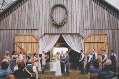 Beautiful inspiration for a country wedding. #countrywedding #rusticwedding