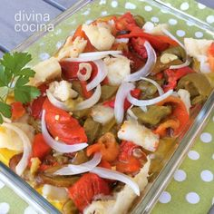 pimentada-con-bacalao Fish Recipes, Mexican Food Recipes, Salad Recipes, Ethnic Recipes, Spanish Kitchen, Spanish Food, Cooking Recipes, Healthy Recipes, Finger Food Appetizers