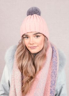 Our trend partners Colour Hive are looking ahead to 2020 to forecast and track trends in colours, material and finish for the design industry. Autumn Fair, Peach Jelly, Surface Pattern, Color Trends, Cosy, Knitwear, Winter Hats, Spring Summer, Colours