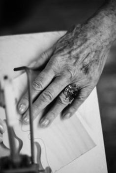 8 Intimate Photos That Show The Beauty Of Aging Hands