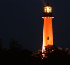 This is in Jupiter Fl, but the link is to lighthouses in the USA.  I'd love to visit any/all Lighthouses in the USA open to the public--starting with the east coast.  http://www.unc.edu/~rowlett/lighthouse/