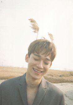 "Chen (첸) - ""april, and a flower"" Teaser Imagine Baekhyun, Park Chanyeol, Exo Chen, Kai, Exo Ot12, Chanbaek, Kris Wu, K Pop, Kim Minseok"