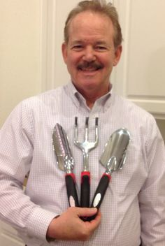 I won this Barnel USA Garden Hand Trowel, Cultivator and Transplanter Kit worth $25- for only 27 cents on #DealDash, with just 4 bids! Planting seeds for a better future. Thanks DealDash for another great deal! See how much you can save at www.dealdash.com/join.php?utm_source=customer20testimonialsutm_medium=picturesutm_campaign=facebook