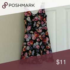 Rue21 Floral Skater Dress This is a cute Floral Skater Dress! (This Item has been worn) Rue 21 Dresses